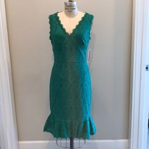 Nue by Shani green lace bodycon dress